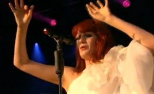 """You've got the love"" lyrics by Florence and the Machine live"