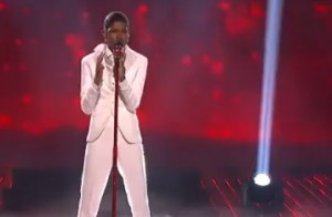 Diamond White sings Whitney Houstons song I have Nothing on X Factor USA live 2012